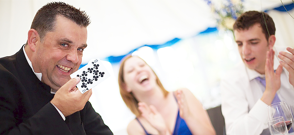 Magician in Kent performs close up magic
