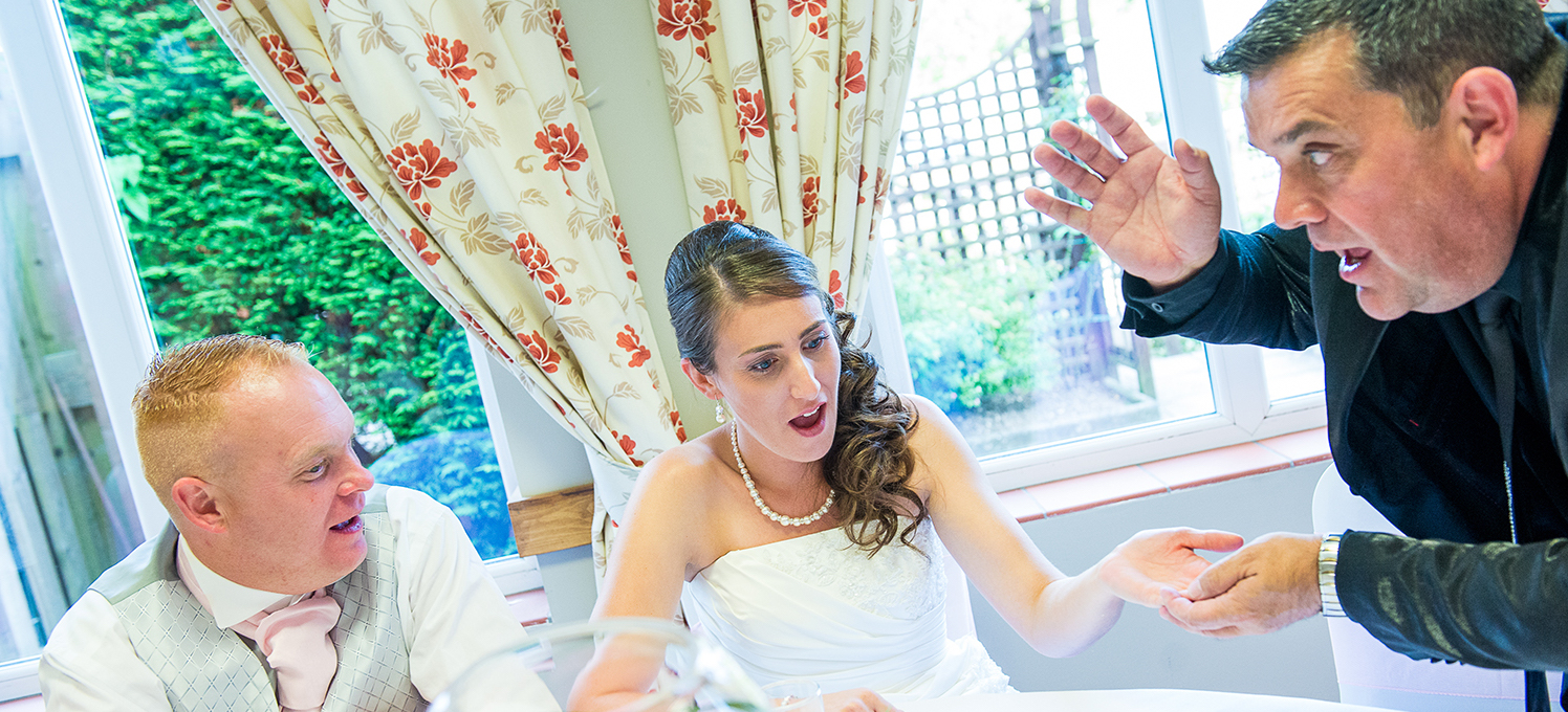 Make your wedding an amazing success with an incredible wedding magician to wow your guests!